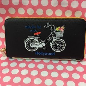 Hollywood Nicole Lee wallet